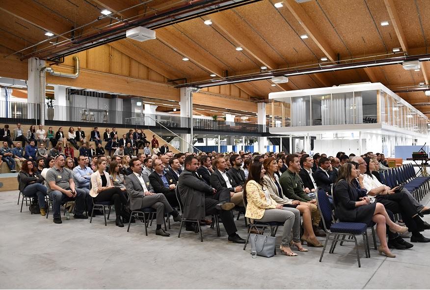 Über 180 Gäste beim LogistikUMtrunk 2018
