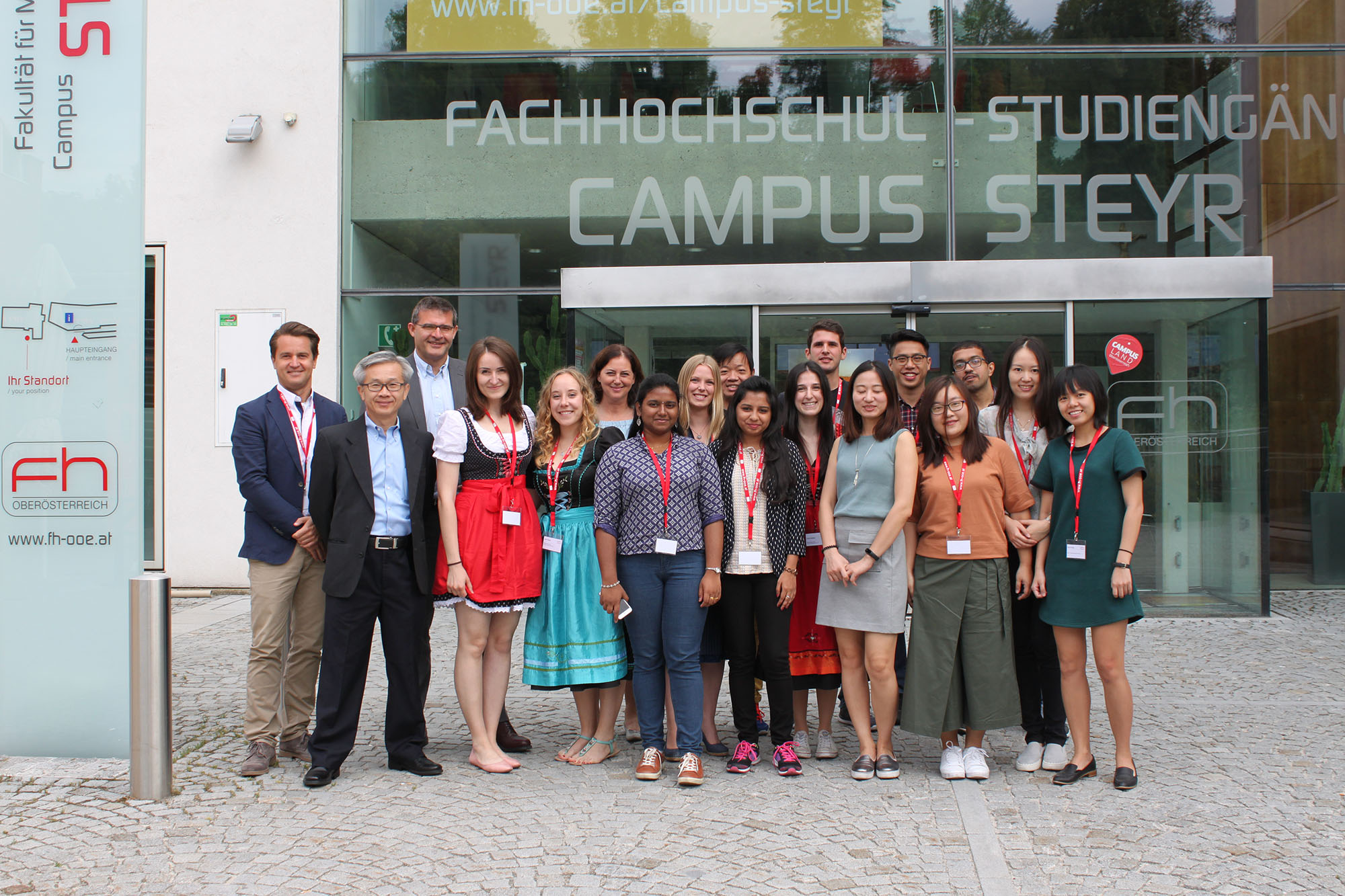 SCM Summer School in Kooperation mit der National University of Singapore